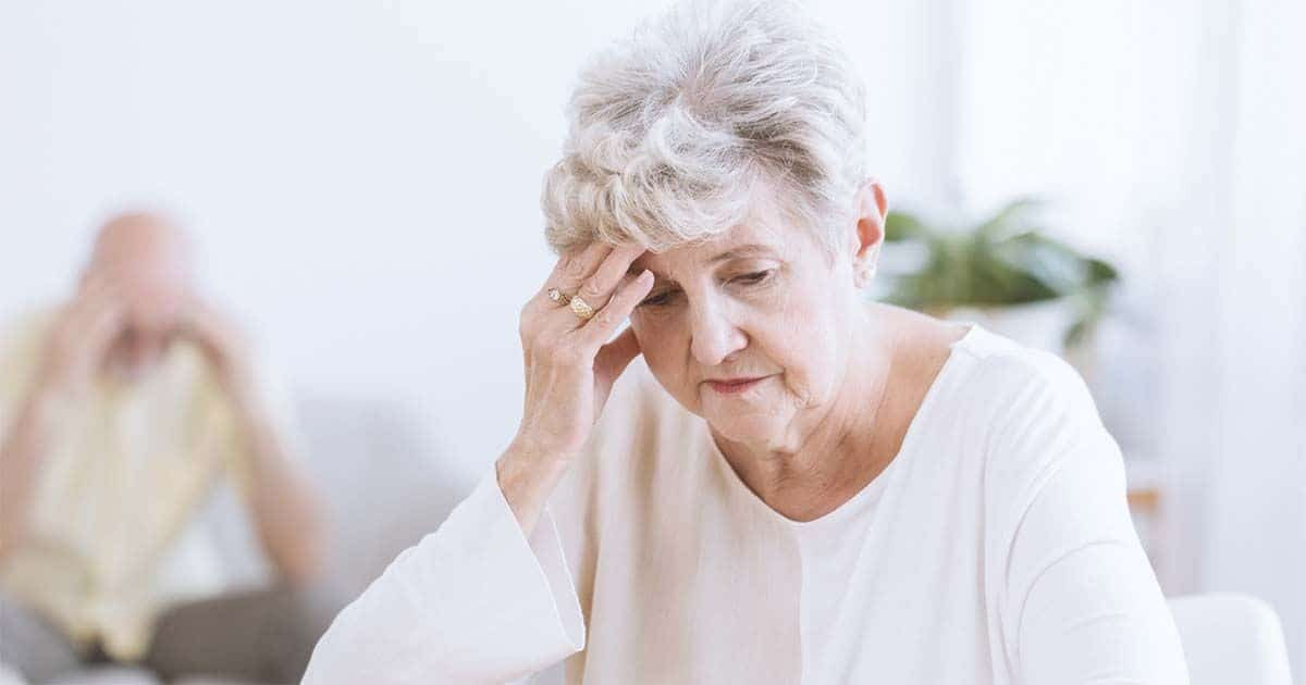 Mujer mayor con alzheimer