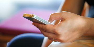 Facebook móvil app