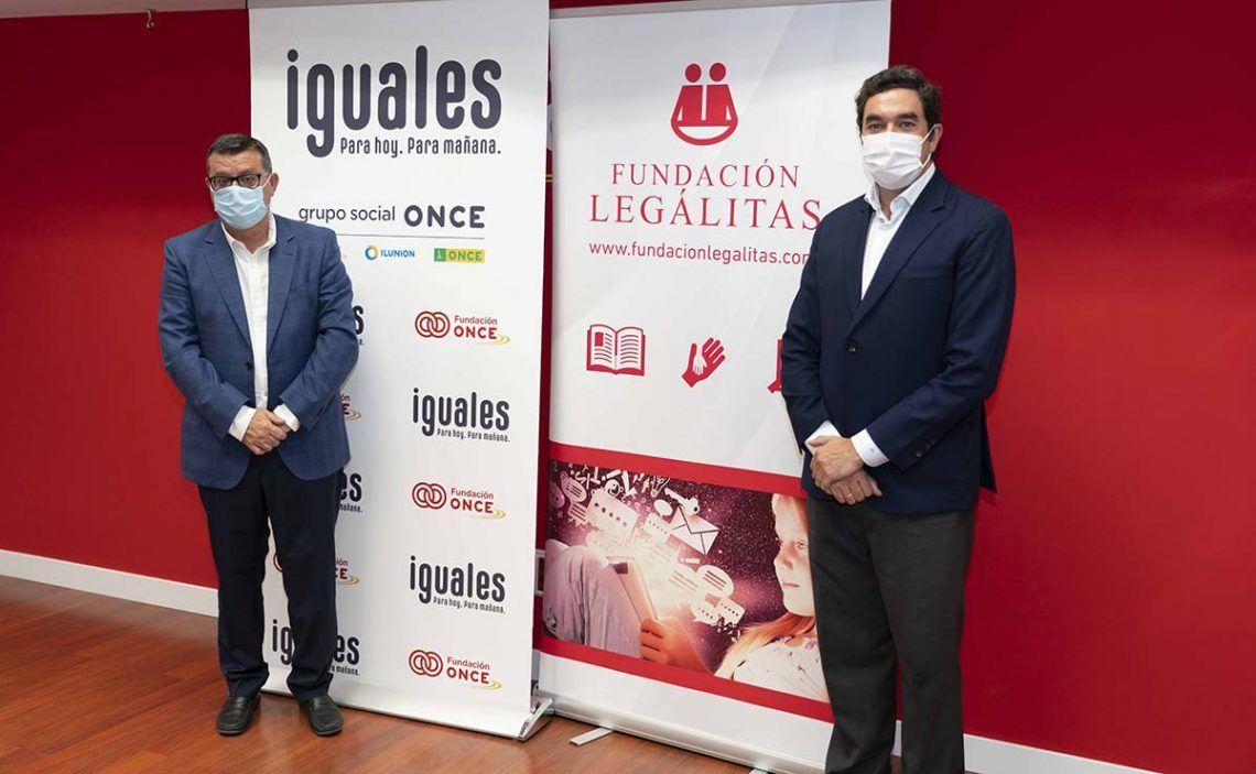 Representantes de Fundación ONCE y Fundación Legálitas