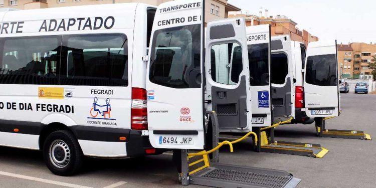 Transportes para personas con discapacidad de la Fegradi en Granada