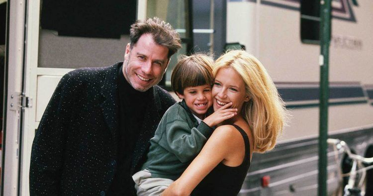 John Travolta junto a su mujer Kelly Preston y su hijo Jett