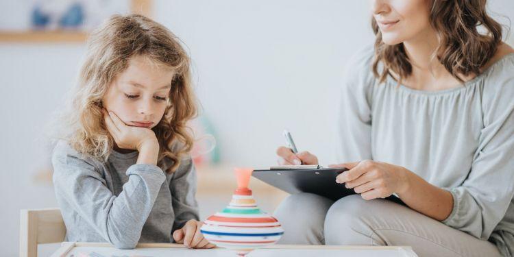 Niña con autismo - Síndrome de Landau-Kleffner
