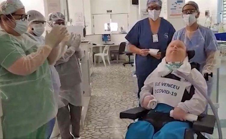 Un hombre con síndrome de Down postrado en cama supera el Coronavirus