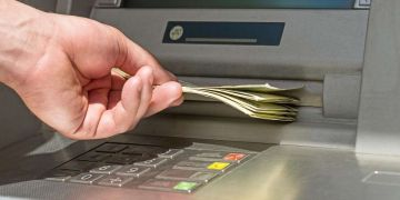 paro Cajero ingreso minimo vital
