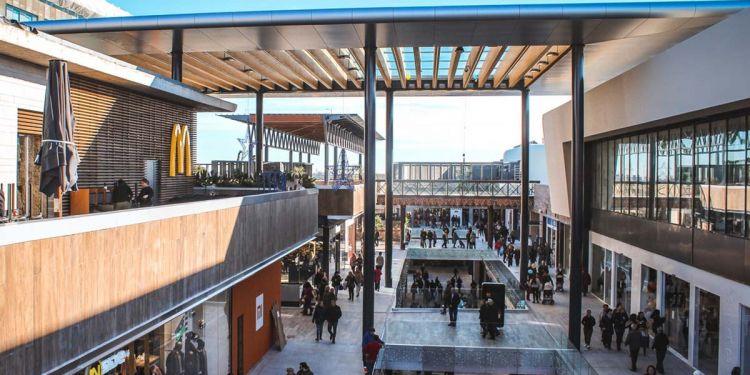 Centro Comercial Finestrelles Shopping
