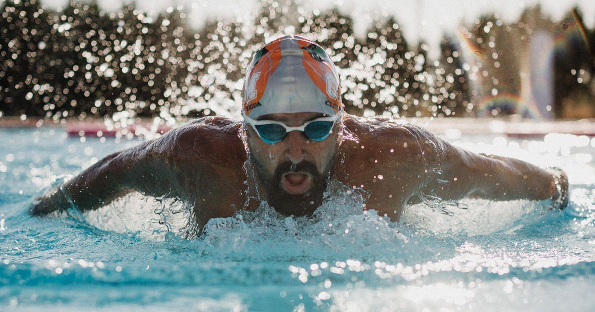 Jose Onight, nadador amputado