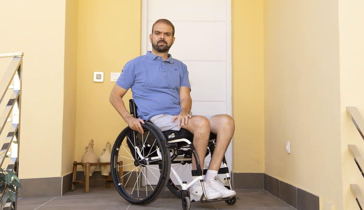 Francisco Zuasti en silla de ruedas accesibilidad