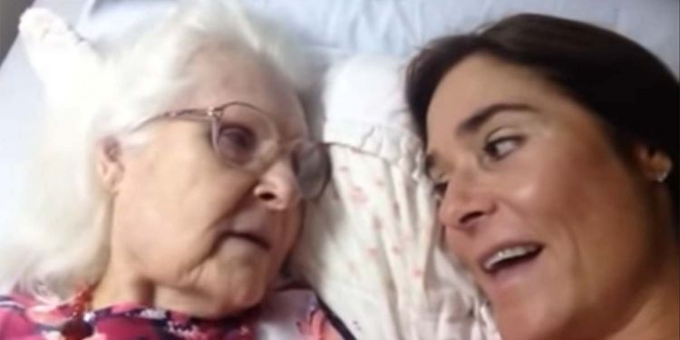 Kelly Gunderson madre Alzheimer