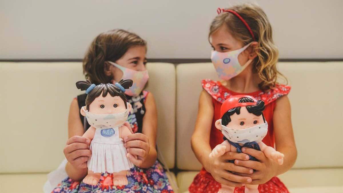 fallo-intestinal-del-Hospital-La-Paz-Nupancitos-muñecos