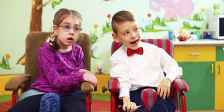 Niños con discapacidad en el colegio