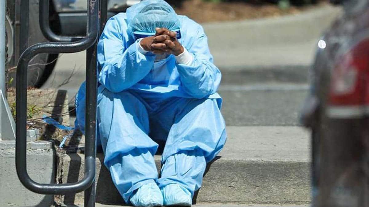 Enfermera protegida ante el Coronavirus
