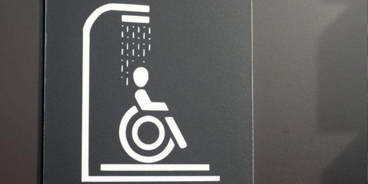 Silla de ruedas ducha