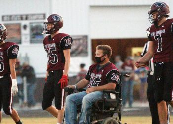 Brady Sprik, joven en silla de ruedas