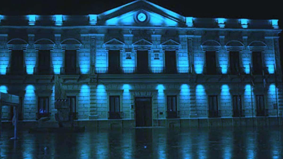 Castilla-La Mancha se viste de azul en homenaje al Día del Daño Cerebral