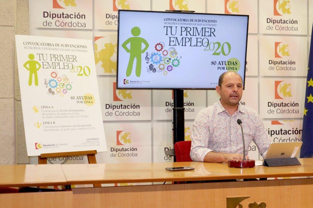El delegado de Empleo en la Diputación de Córdoba, Miguel Ruz, presenta 'Tu primer empleo'