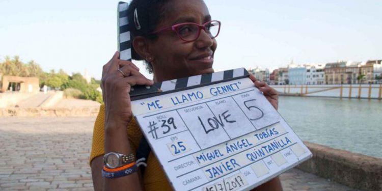 Gennet durante el rodaje de su película