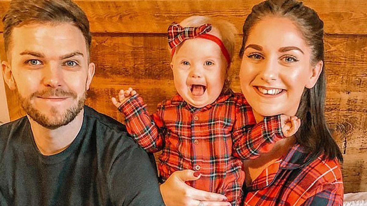 Willow Welbourn, bebé con síndrome de Down junto a su familia