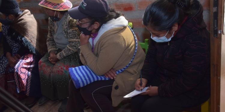 Personas de Bolivia reunidas
