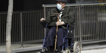 Persona con discapacidad silla de ruedas pandemia Madrid