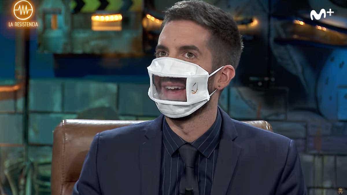 David Broncano con mascarilla transparente en La Resistencia