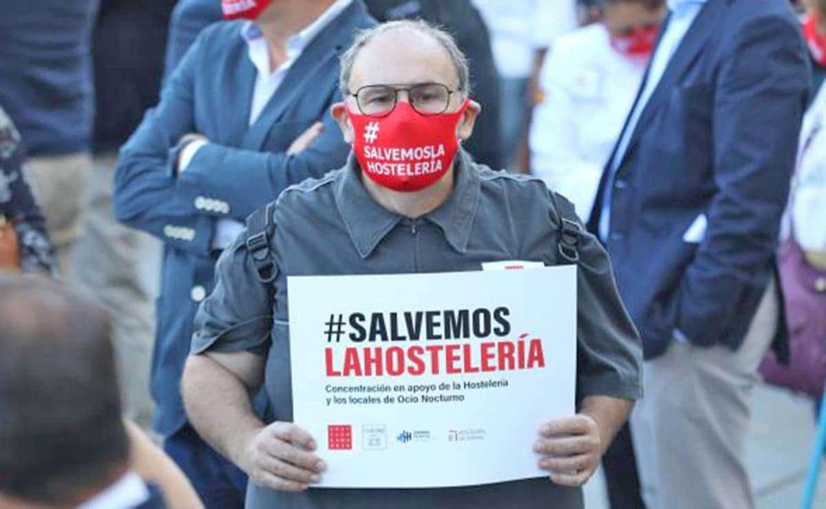 Manifestación en defensa de la hostelería ERTE