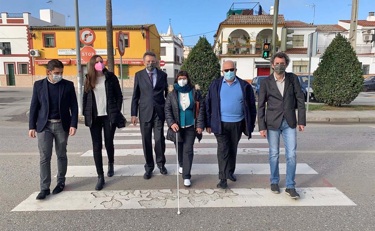 Semáforos accesibles de La Rinconada