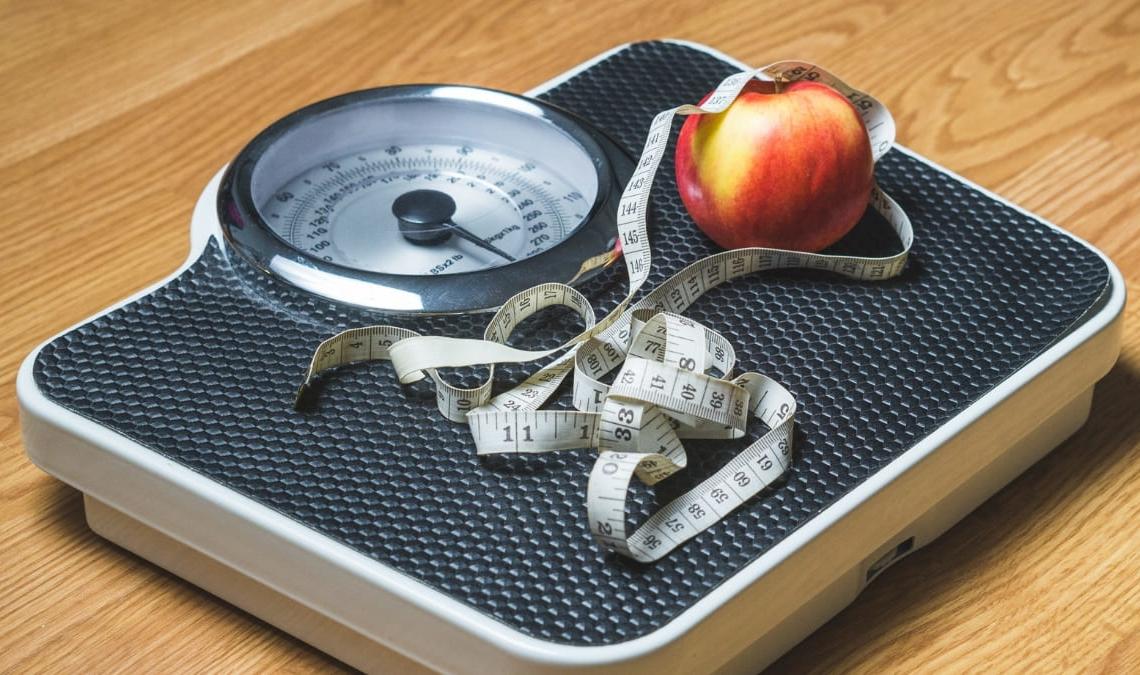 Báscula bajar peso