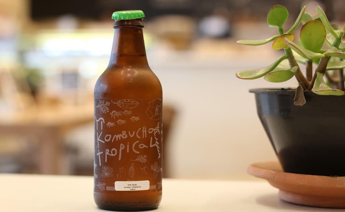 Botella de kombucha comercial- Pixabay