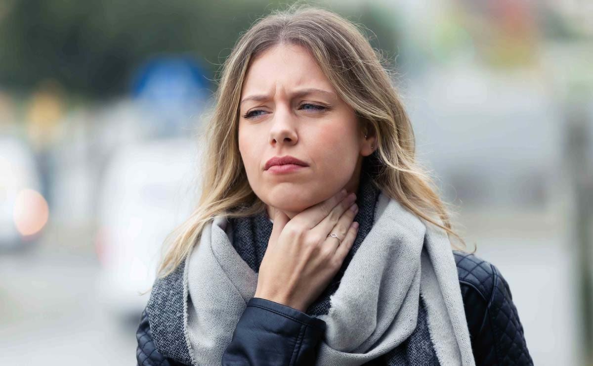 enfermedad del beso dolor de garganta