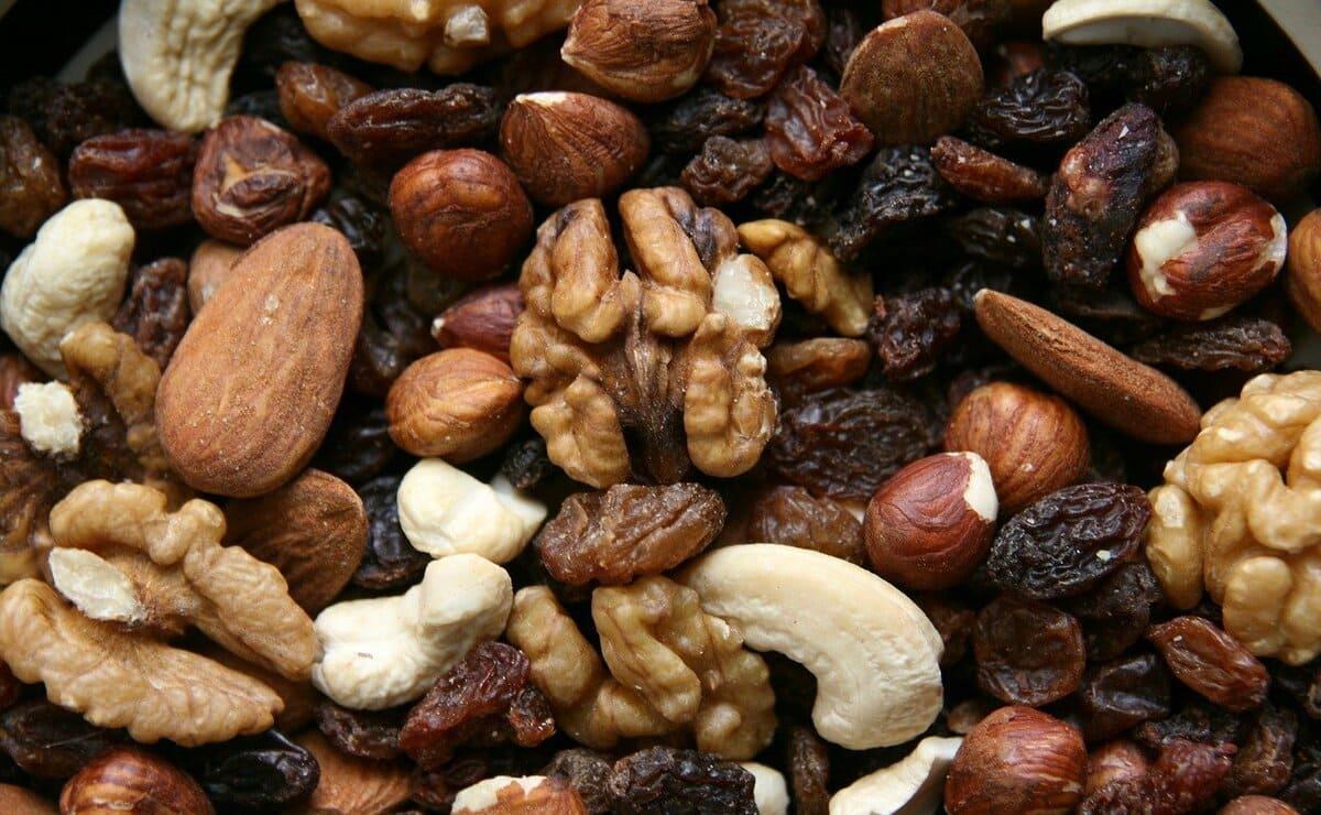 los frutos secos como fuente de hierro
