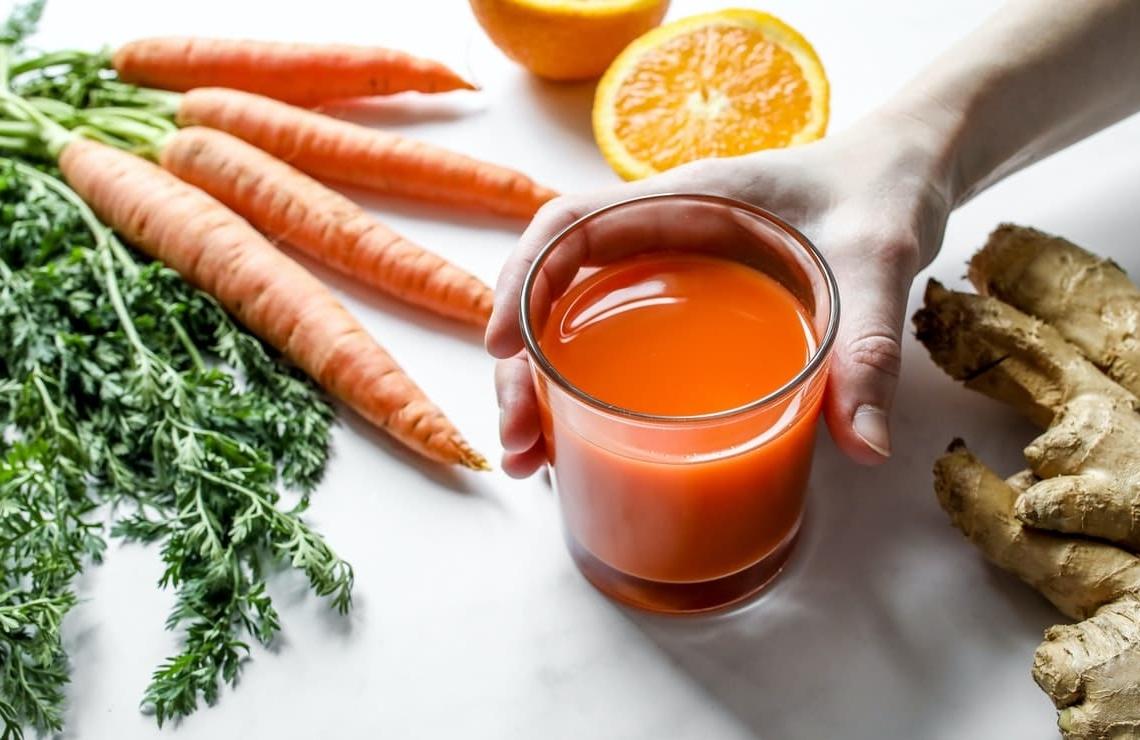 jugo de zanahoria con naranja y jengibre
