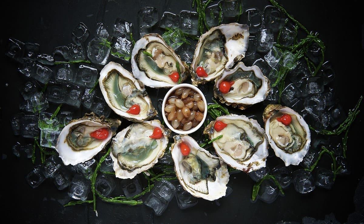 Las ostras son mariscos ricos en hierro