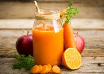 zumo jugo zanahoria beneficios
