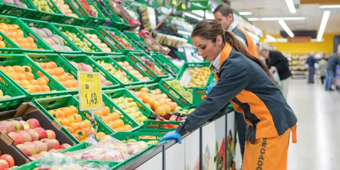 Trabajadora de Mercadona | Foto: Mercadona