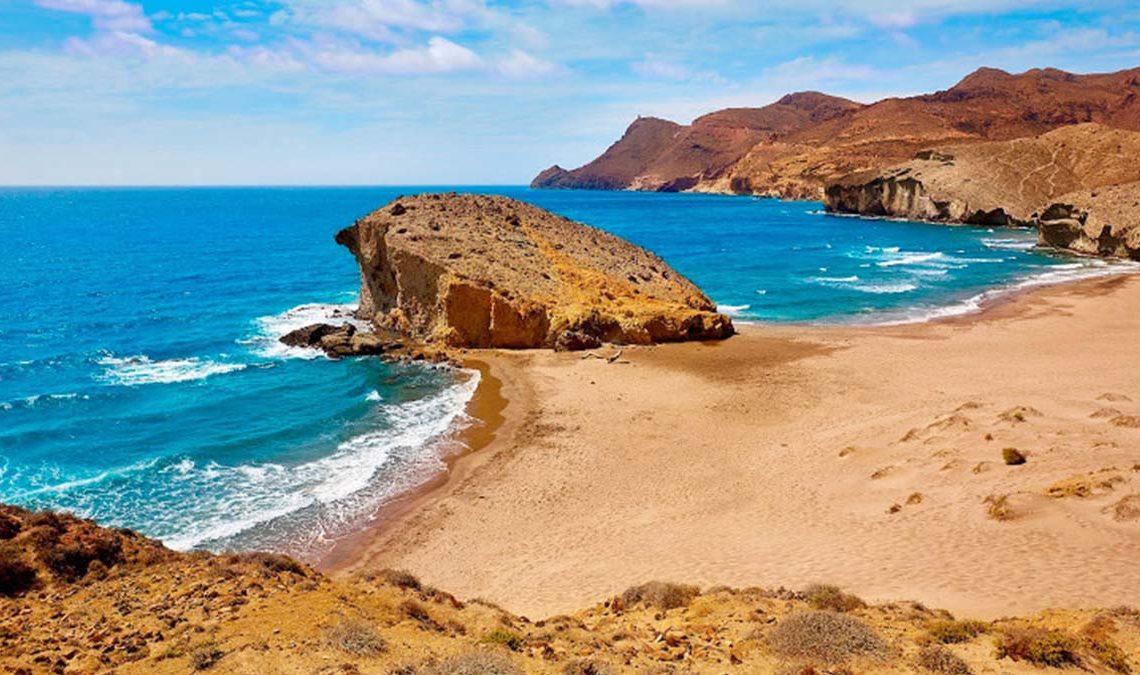 Playa de Mónsul (Almería)