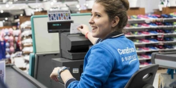 Trabajadora de Carrefour