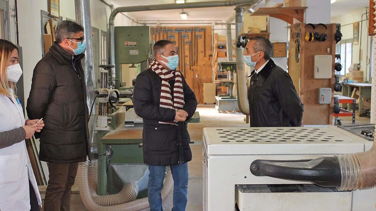 Visita del responsable de Endesa al centro de Asprona | Foto de Endesa