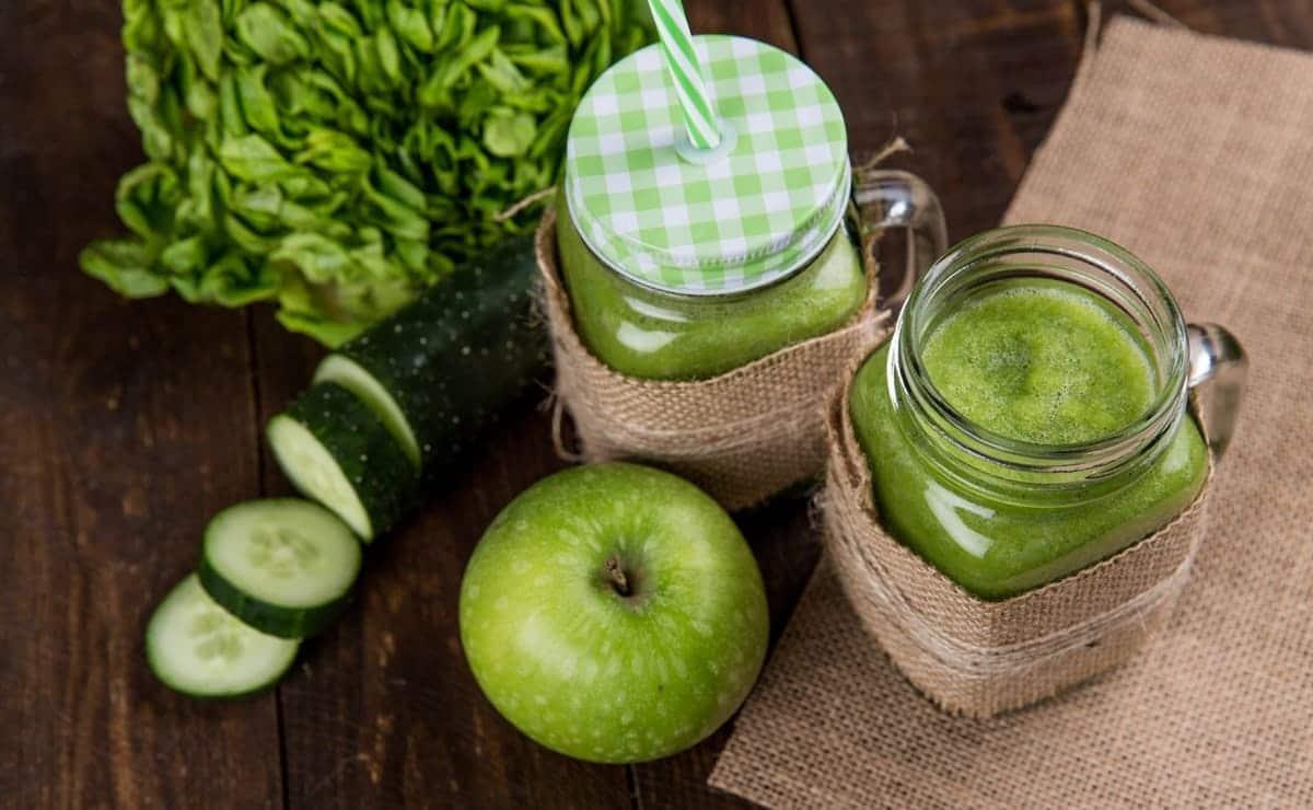 zumo verde de manzana