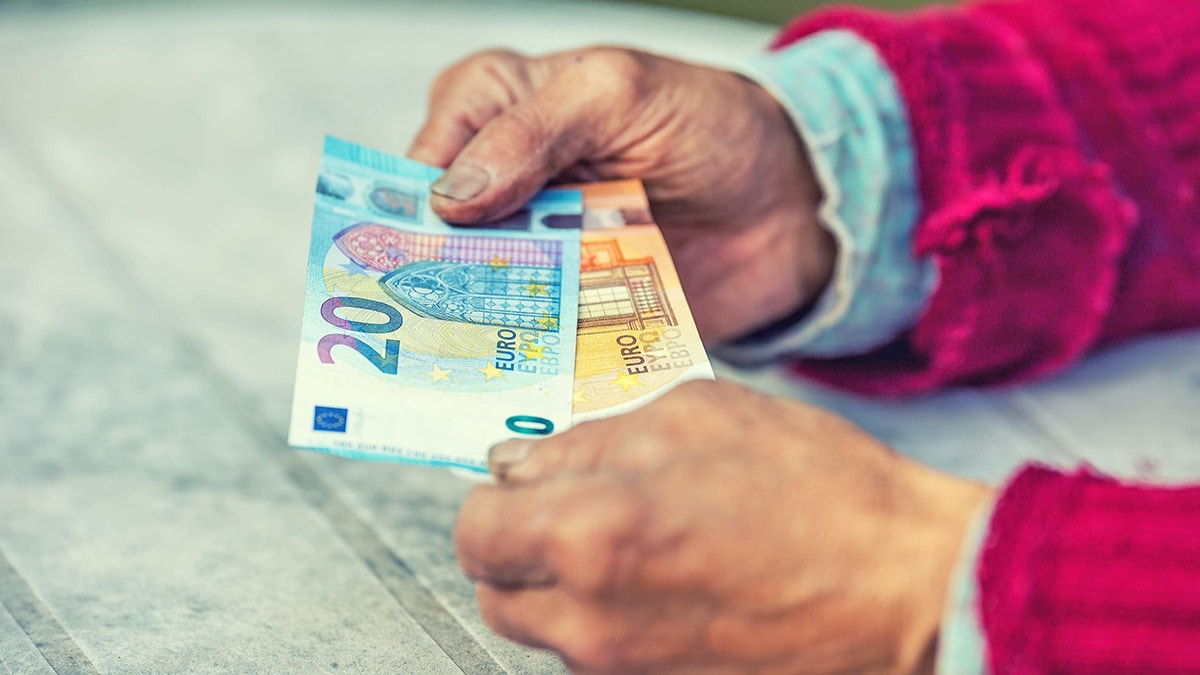 dinero de pensión Seguridad Social