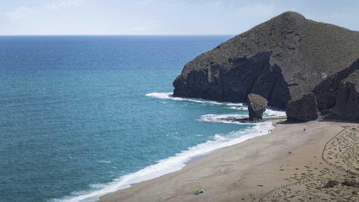 Turismo en Andalucía | Playa de los Muertos