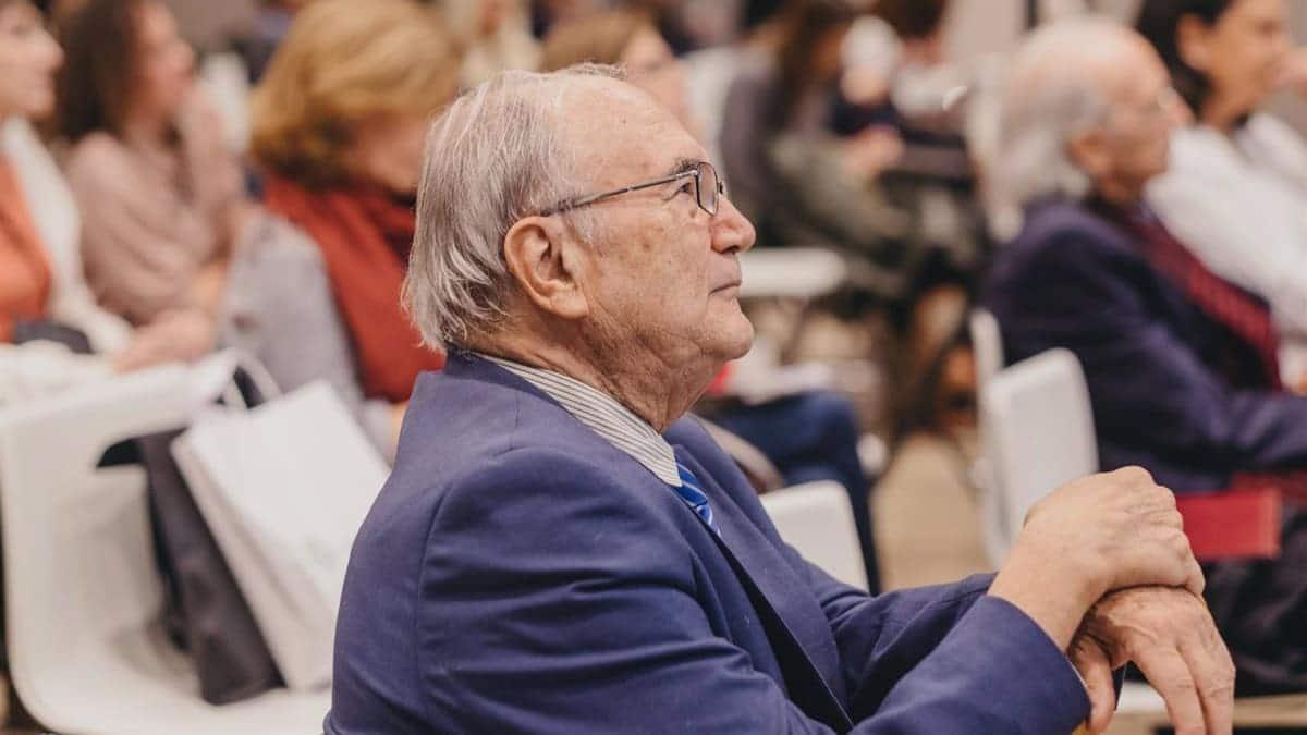 Carlos Rodríguez, experto en endocrinología