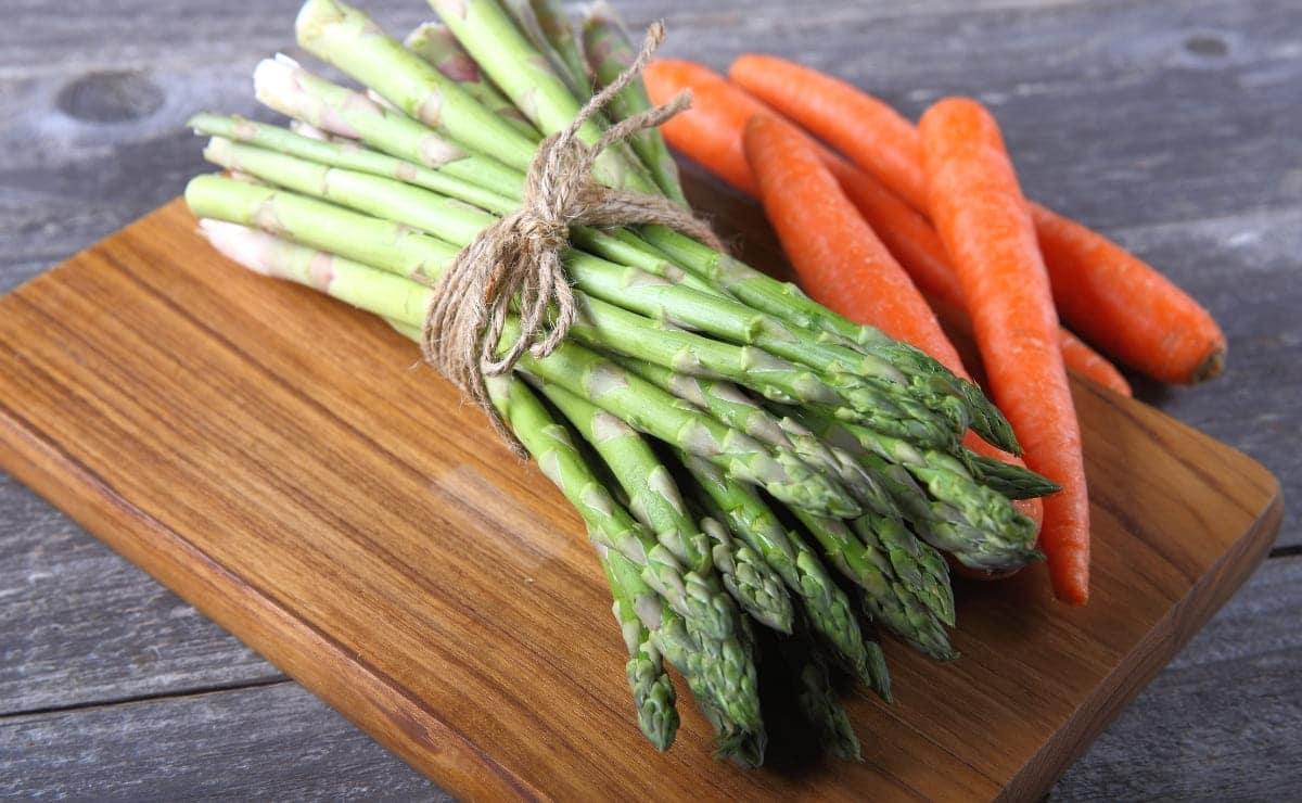 Zanahoria y espárrago