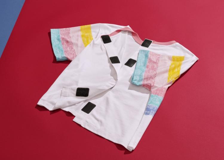 camiseta con velcro