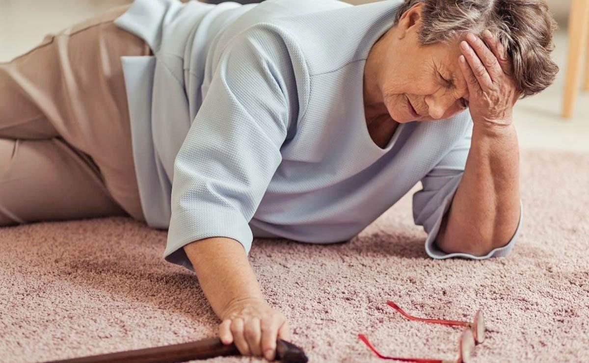 Caída mujer con osteoporosis