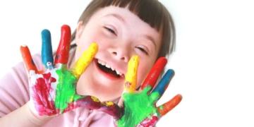 niña sindrome de down discapacidad
