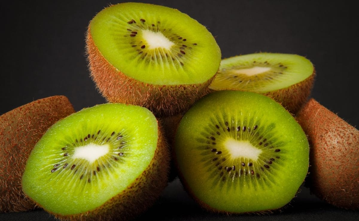 Posibles efectos adversos de consumir kiwi