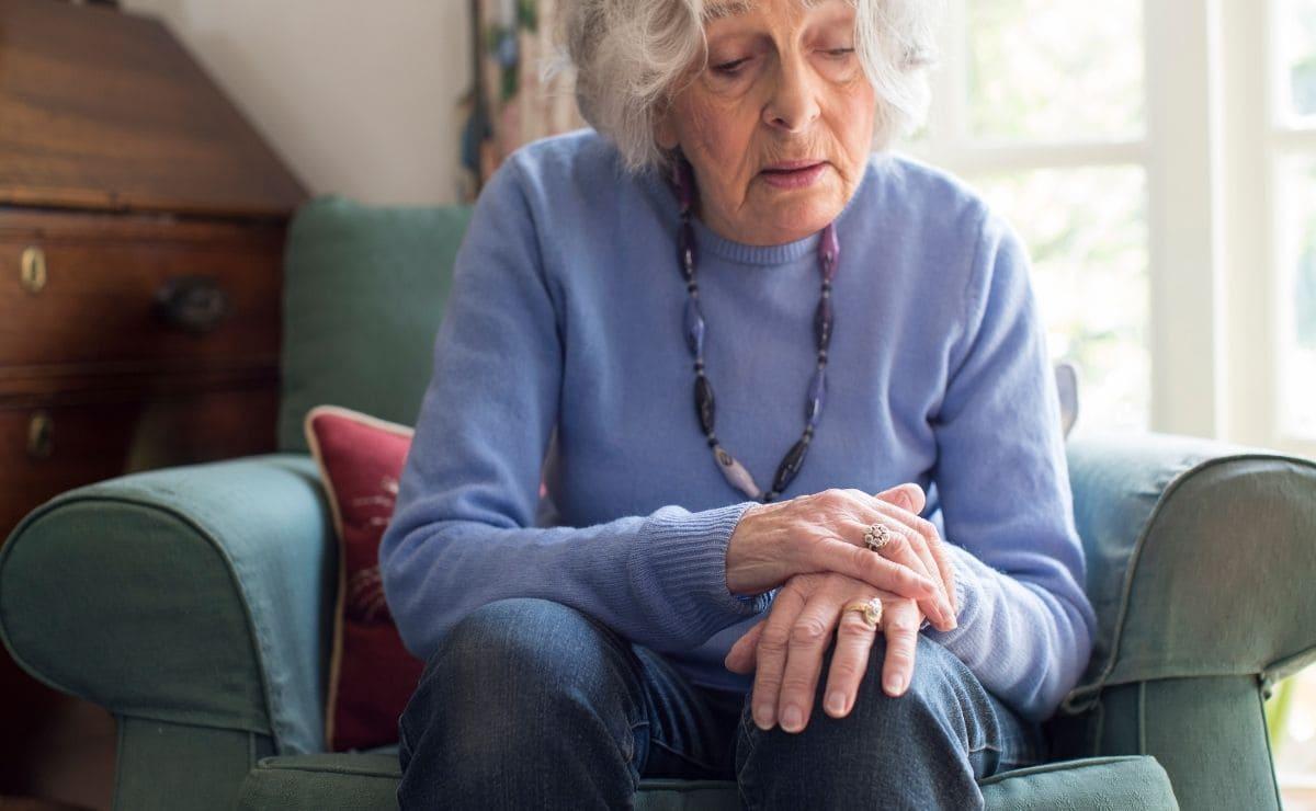 Mujer con Parkinson