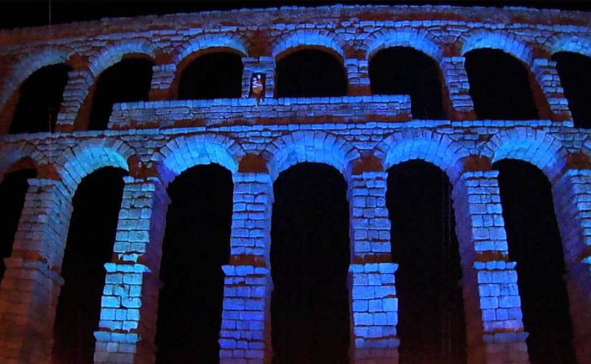acueducto de Segovia azul autismo