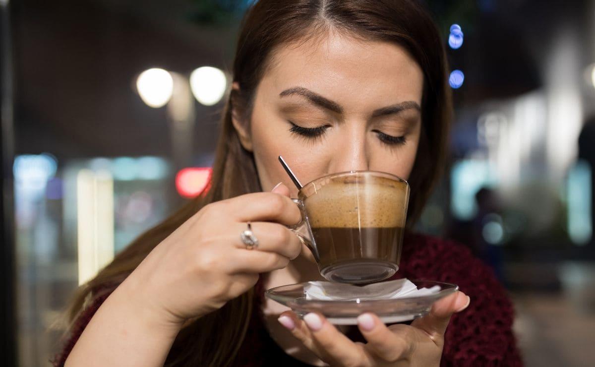 café tensión