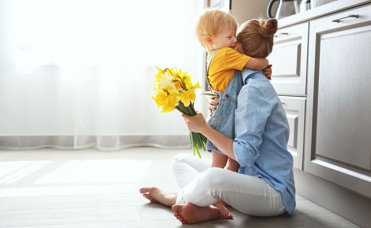 madre hijo pension pensiones complemento maternidad